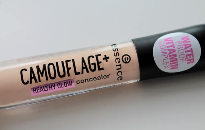 Essence camouflage+ healthy glow concealer