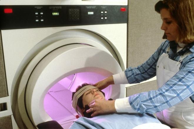 MRI scan hoofd
